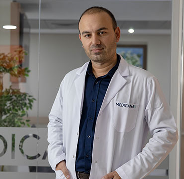 D.M.D. Dentist Cengiz Dündar