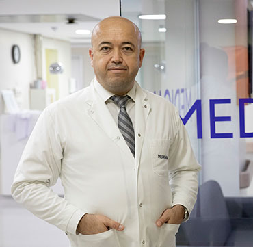 M.D. General Surgeon Deniz Atasoy
