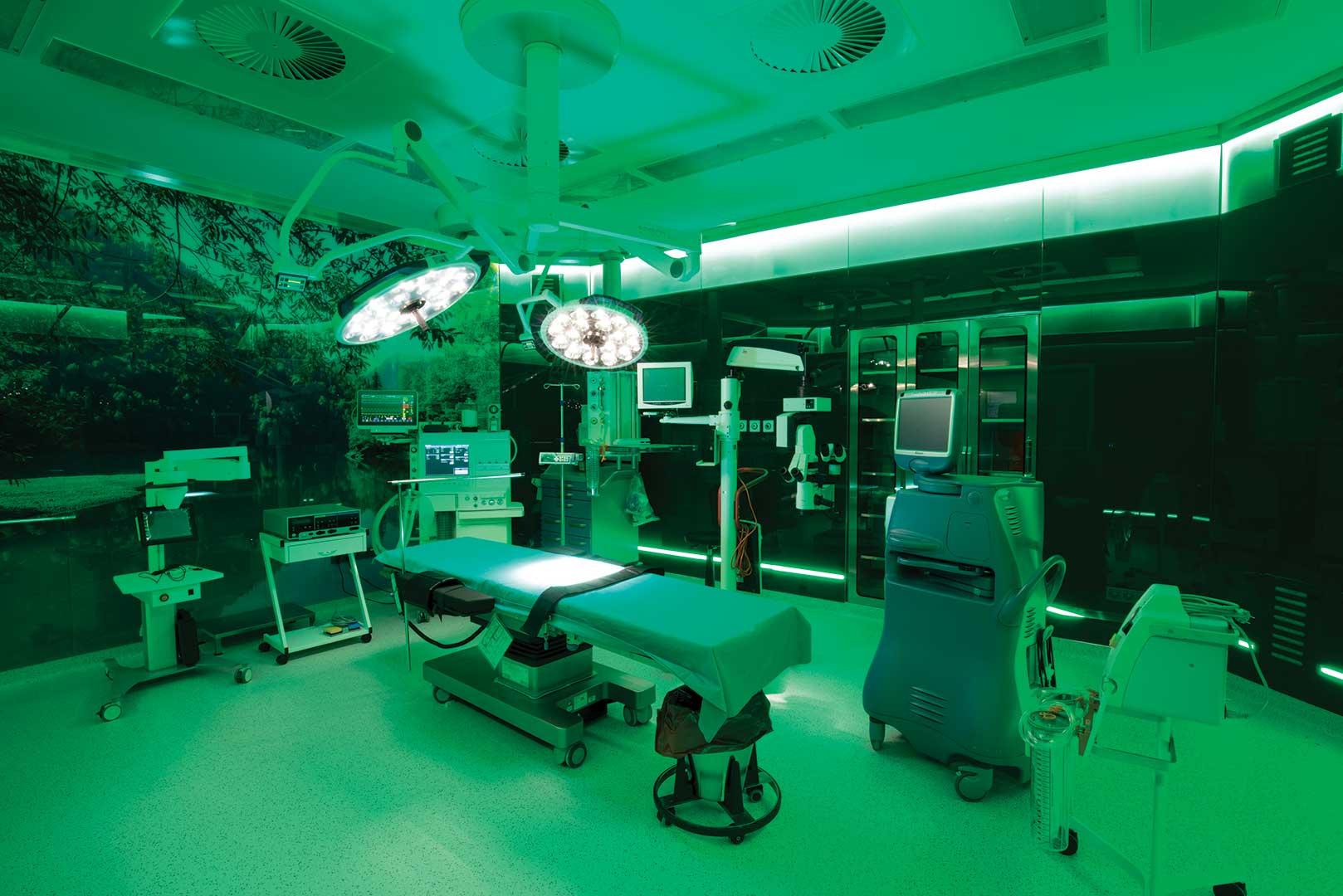 https://www.medicanahealthpoint.com/wp-content/uploads/2021/03/medicana-atasehir-hastanesi-ameliyathane.jpg
